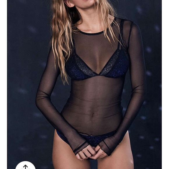 6c6e7a9e8beefb Out From Under Mesh Black Long Sleeve Top